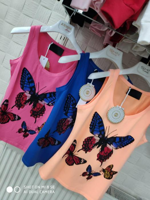 Sleeveless T-shirts 631702