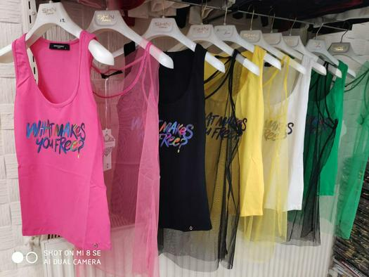 Sleeveless T-shirts 631704