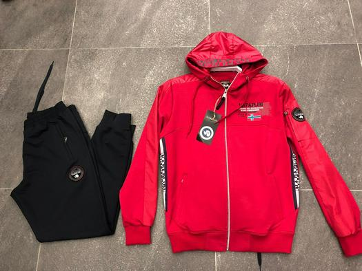 Tracksuits 569309