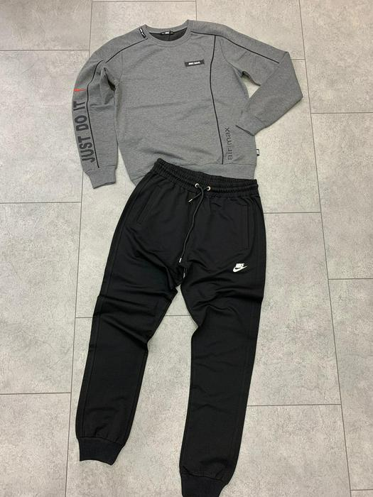 Tracksuits 737390