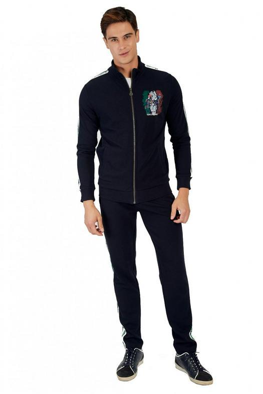 Dress Suits 936087